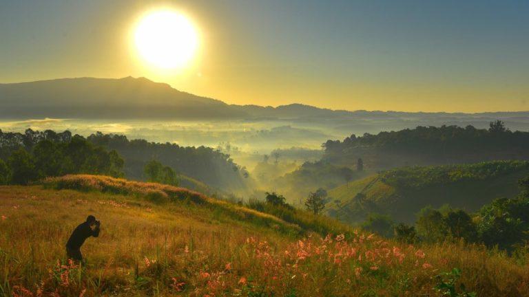 ที่เที่ยวแบบขึ้นดอย บอกเลยว่าสวยงามธรรมชาติล้อมรอบ น่าเที่ยวมาก ๆ