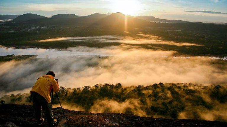 """สถานที่ท่องเที่ยวเพื่อ """"ชมพระอาทิตย์ขึ้น"""" บอกเลยว่าสวยงามมากๆ ชวนให้หลงใหล"""
