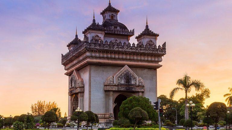 """""""เวียงจันทร์"""" ประเทศลาว สถานที่ท่องเที่ยวที่ไม่ไกลจากประเทศไทย"""