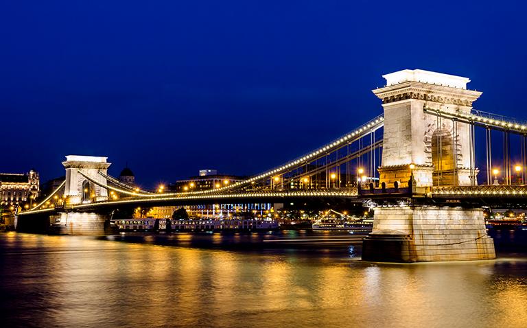 สะพานเชนเซเชนยี ฮังการี