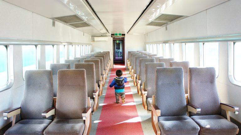 แนะนำ 10 วิธีการทำให้ลูกสงบ ขณะเดินทางท่องเที่ยว (ตอนที่ 2)