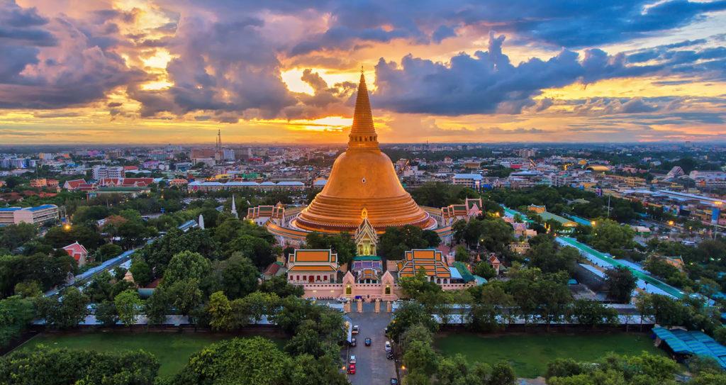 เที่ยวไทย ช่วยไทย