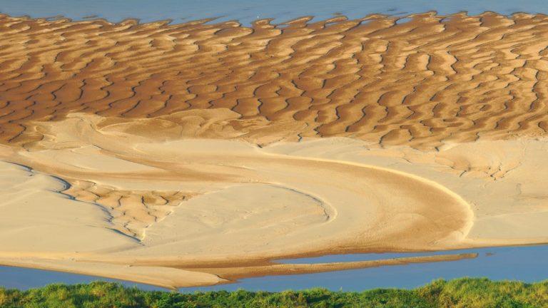 หาดจอมมณี ที่เที่ยวน่าสนใจติดริมแม่น้ำโขง หาดยอดนิยมของหนองคาย