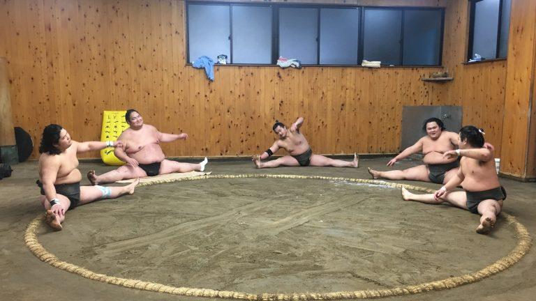 """""""กีฬาซูโม่"""" กับการแวะชมกีฬาชนิดนี้สักครั้งในประเทศญี่ปุ่น"""